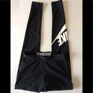 Nike dark gray leggings, size XS. EUC 💐